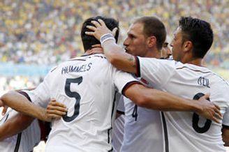 世界杯-德国铁卫头槌绝杀法国 连续四届杀入4强