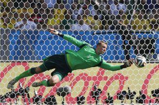 世界杯门将盘点:6屌丝逆袭封神 诺伊尔独树一派