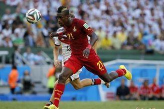 加纳专机运300万美钞定军心 作为球员世界杯出场费