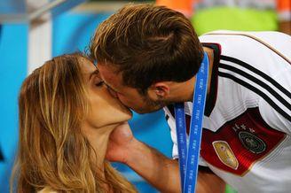 港媒:世界杯让男人渴望感性而无视性感