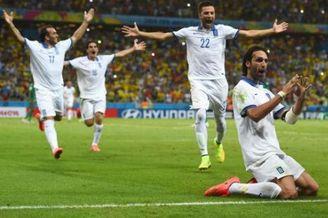 希腊全体球员致信总理拒绝奖金:用这钱修建训练基地
