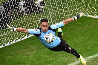 世界杯又一超级神将诞生!荷兰踢火1人皇马拜仁疯抢