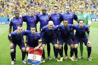 7场15球!史上火力最猛荷兰 一声叹息!除冠军都全了