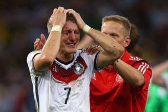 段暄申方剑悼陶伟 德国拜仁夺世界杯欧冠您看到了吗
