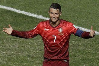 世界杯-C罗连续3届进球 葡萄牙2-1胜加纳双双出局
