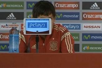 西班牙球员太矮引发的悲剧 坐着竟看不到他的脸