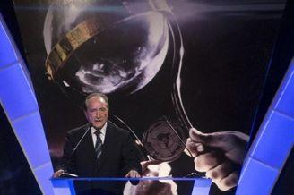 南美足协主席:FIFA处罚苏神太野蛮 要为他减轻处罚