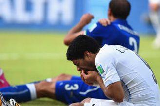 国际足联:苏亚雷斯禁令不影响他训练转会以及体检