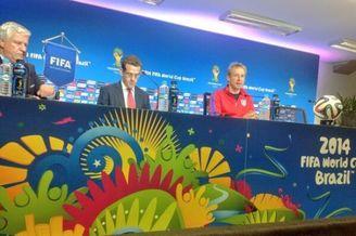 美国出局克林斯曼宣布不走:带他们征战2018年世界杯