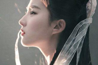 刘亦菲原来是个睫毛精