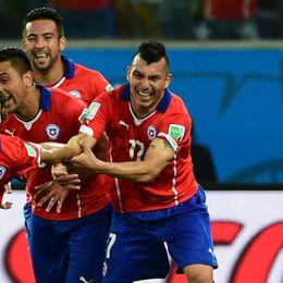 第13球:智利10号弯刀破门