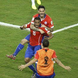 第15球:智利板凳杀手动刀