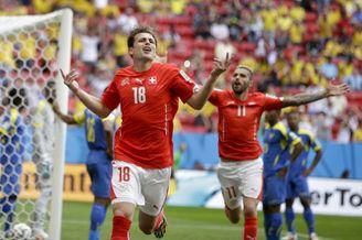 高清图-第30球:瑞士替补速建奇功