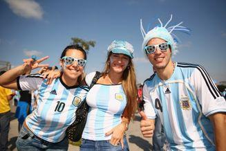 高清图-阿根廷伊朗球迷风采