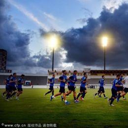 希腊训练备战世界杯