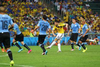 高清图-新浪直击哥伦比亚2-0乌拉圭