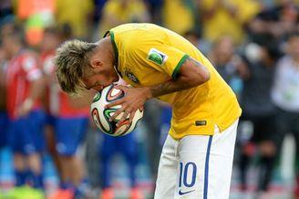 高清图-新浪直击巴西4-3智利(点球3-2)