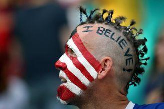 高清图-新浪直击比利时美国球迷