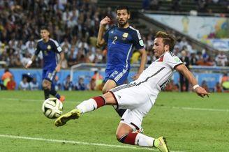 高清图-第171球:格策助德国夺世界杯