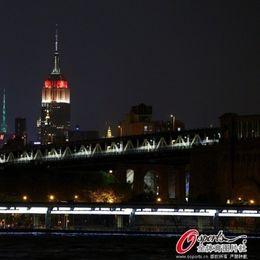帝国大厦点灯祝贺德国夺冠