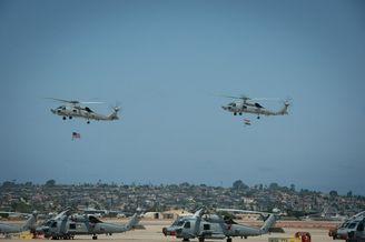 两架MH-60R直升机交付印度海军