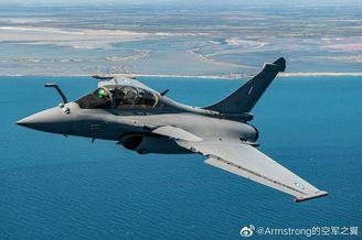 希腊接收首架阵风F3R战斗机