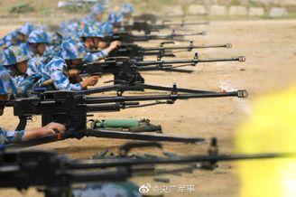 中国海军陆战队实弹射击