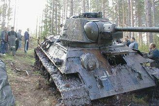 俄罗斯捞出一辆德军用过的坦克