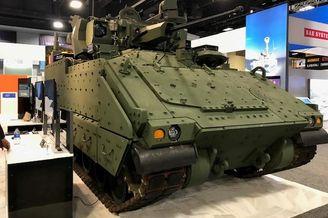 美新一代有人驾驶步兵战车亮相
