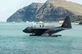 美计划把MC-130J改成两栖飞机