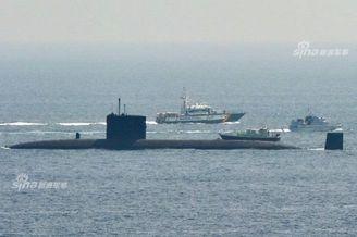 英核潜艇出港遭西班牙拦截