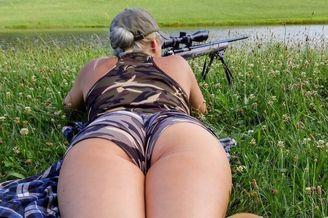 战斗民族131弹:美女枪手身后!