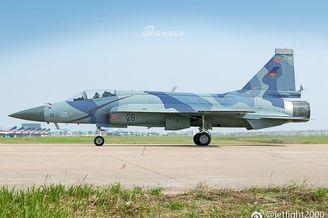 阿塞拜疆或将采购巴枭龙战机