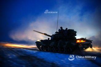 新疆军区装甲团坦克实战训练