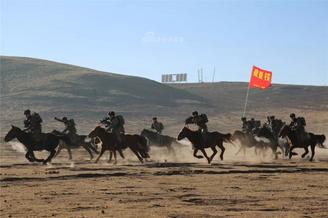 高原边防铁骑洋溢千古英雄气