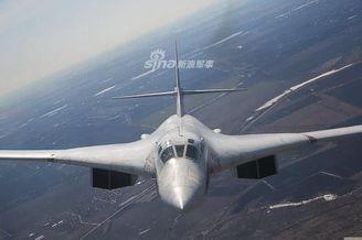 俄图-160轰炸机升级版威力更强