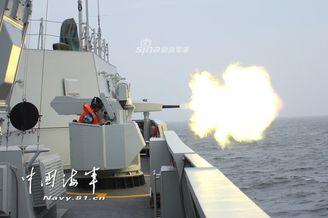 我北海舰队护卫舰编队实兵训练