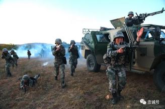 传统英雄部队82集团军转型之路