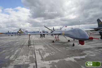 中国尖端武器亮相哈萨克防务展