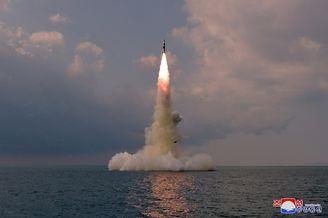 朝鲜潜射导弹高清图曝光
