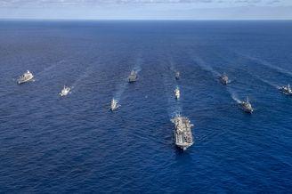 美澳日韩加五国海军联合军演