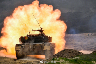 直击坦克实弹射击超燃现场