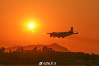 南部战区组织跨昼夜飞行训练
