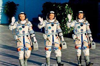 神舟十二号飞船明天返回地球