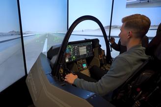 美国UP主参观F35制造工厂