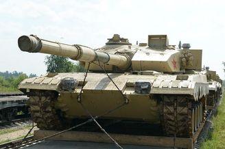 我参赛96B坦克成功抵达莫斯科