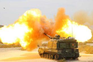 我PLZ-05自行火炮大漠狂秀火力