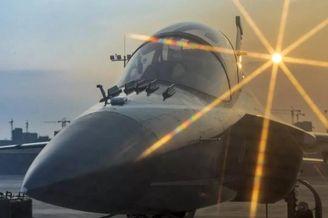 洪都L-15教练机瑶湖机场频夜航