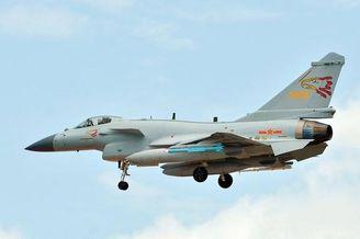 我大紅鷹旅殲-10C征戰中泰軍演