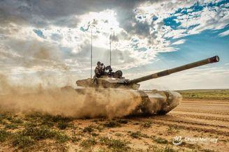 我合成旅99坦克征戰漠北古戰場